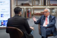 Interview en direct de Jean-Claude Juncker, président de la CE, pour Youtube et Euronews