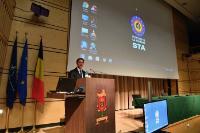Participation  de Jyrki Katainen, vice-président de la CE, à un événement avec l'École de guerre française en Belgique