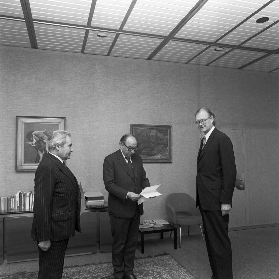 Presentation of the credentials of the Heads of Mission to Roy Jenkins, President of the CEC