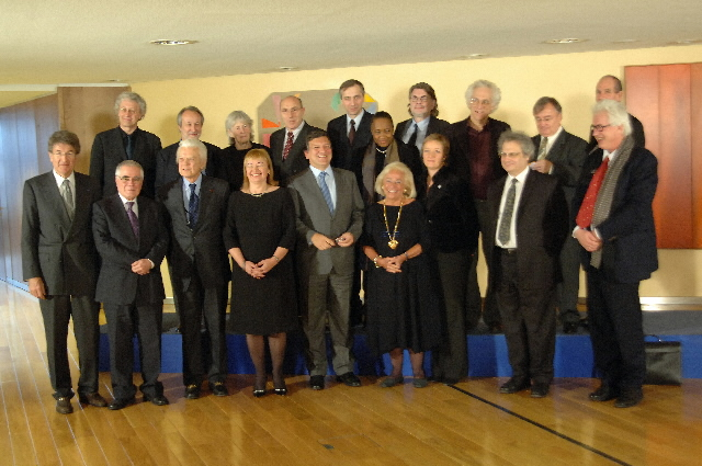 Visit by representatives of the European cultural scene to the EC