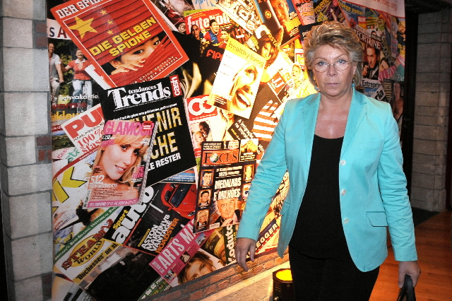 Participation de Viviane Reding, membre de la CE, à la soirée de gala Come and celebrate magazines in Europe! de la FAEP