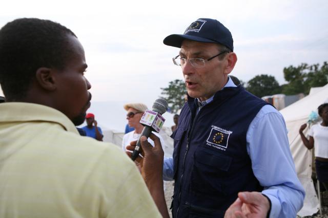 Visit of Andris Piebalgs, Member of the EC, to Haiti