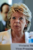 Rencontre entre Viviane Reding, membre de la CE, avec Thorbjørn Jagland, secrétaire général du Conseil de l'Europe