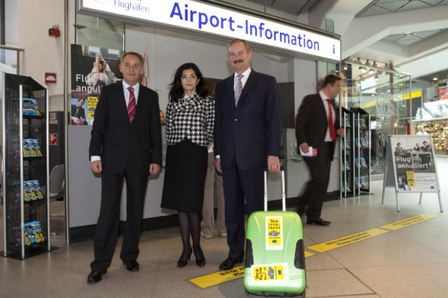 Visite de Siim Kallas, vice-président de la CE, de l'aéroport Berlin Tegel