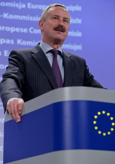 Press conference by Siim Kallas, Vice-President of the EC, on the resolution to cap greenhouse gas emissions