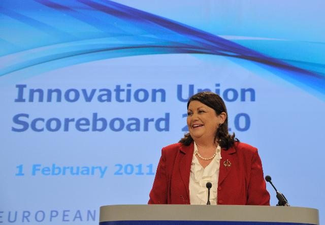 Press conference by Máire Geoghegan-Quinn, Member of the EC, on the European Innovation Scoreboard 2010