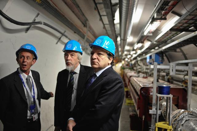 Visit of José Manuel Barroso, President of the EC, to the CERN
