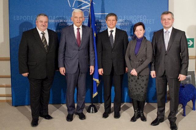 Meeting between Jerzy Buzek, President of the EP, and Dacian Cioloş, Member of the EC