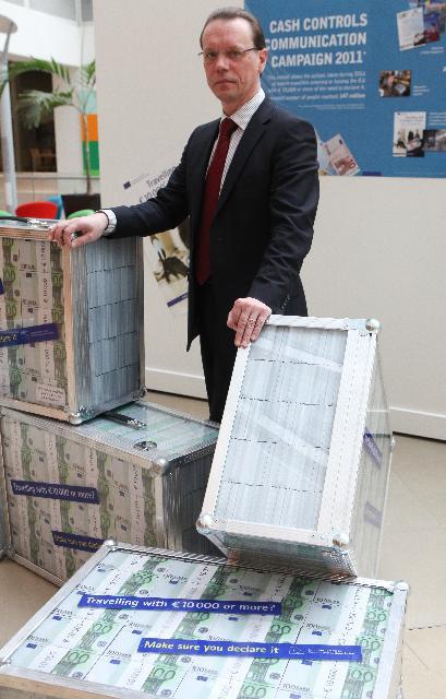 Presentation by Algirdas Šemeta, Member of the EC, of the Cash controls communication campaign 2011