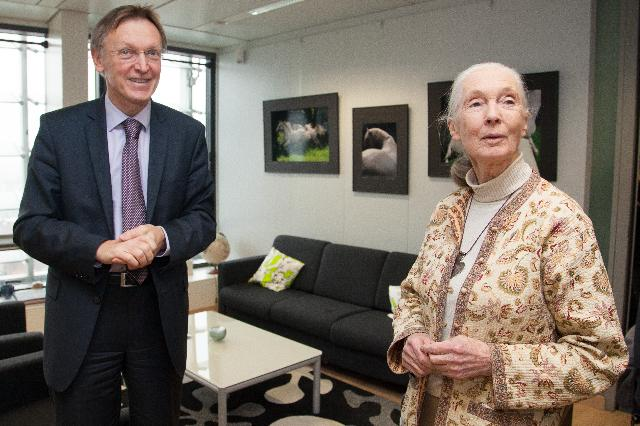 Visite à la CE de Jane Goodall, fondatrice de l'institut Jane Goodall, messagère de la paix des Nations unies en 2002