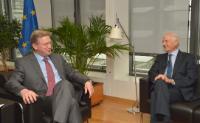 Visite d'André Azoulay, président de la Fondation euro-méditerranéenne Anna Lindh pour le dialogue entre les cultures, à la CE