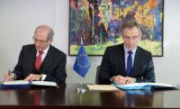 Signature of a contract for the financial support of 12 million euro to the OPCW to help destroy Syrian chemical stockpiles