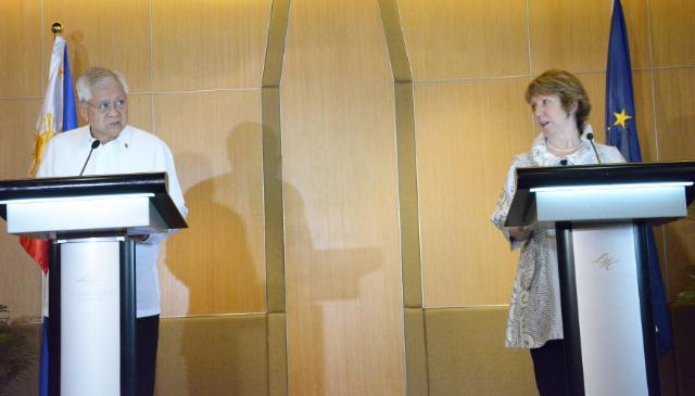 Visite de Catherine Ashton, vice-présidente de la CE, aux Philippines