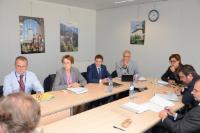 """Illustration of """"Participation de Dacian Cioloş, membre de la CE, à une réunion pour discuter des mesures exceptionnelles..."""