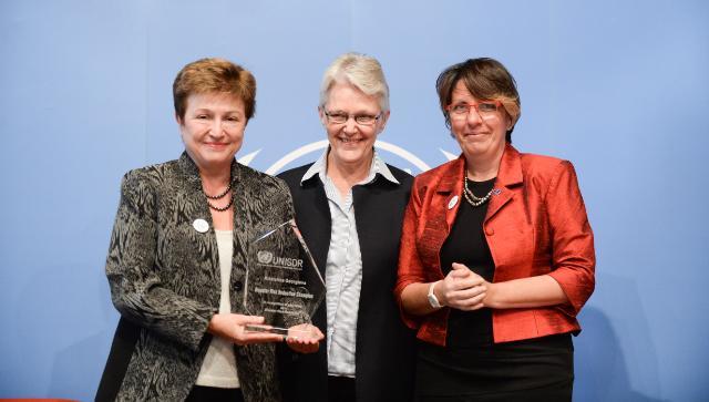 Presentation of the Disaster Risk Reduction Champion Prize to Kristalina Georgieva, Member of the EC