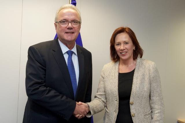 Visit of Sirpa Paatero, Finnish Minister for International Development, to the EC