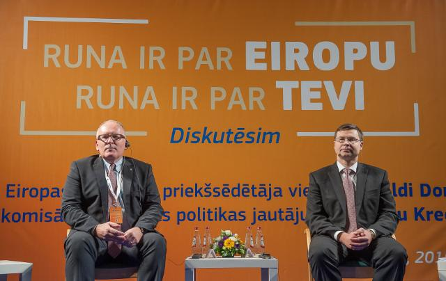 Citizens' Dialogue in Riga with Frans Timmermans, Valdis Dombrovskis and Corina Creţu