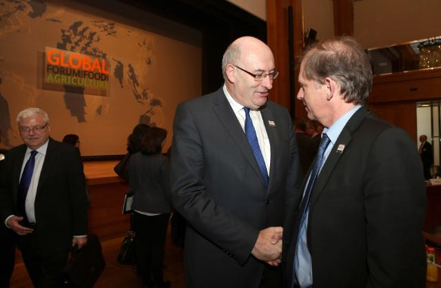 Participation of Phil Hogan, Member of the EC, at the Global Forum for Food and Agriculture 2015 in Berlin