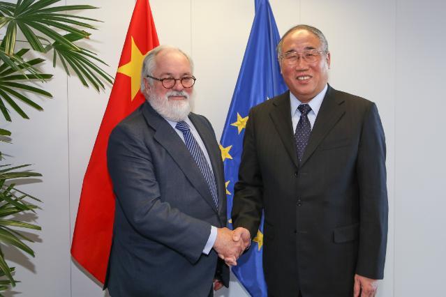 Visite de Xie Zhenhua, vice-président chinois de la Commission de réforme et de développement national, à la CE