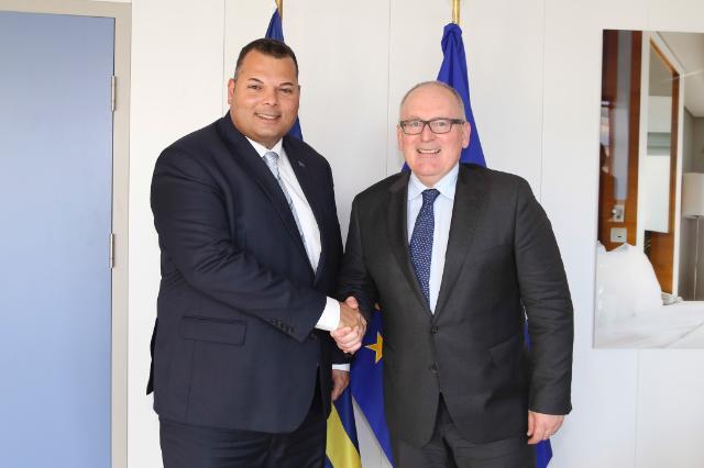 """Illustration of """"Visit of Ivar Asjes, Prime Minister of Curaçao, to the EC"""""""