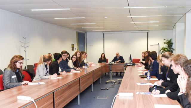 Visite à la CE d'un groupe d'étudiants en master 'Affaires européennes' de Science-Po Paris