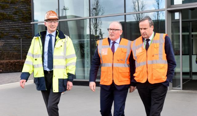 Visit by Frans Timmermans, First Vice-President of the EC, of the premises of Umicore, in Hoboken