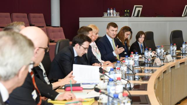 Visit of CEO of several national postal operators to the EC