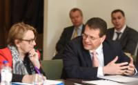 Participation of Maroš Šefčovič, Vice-President of the EC, and Marylise Lebranchu, French Minister for Decentralisation and the Civil Service, in a meeting of the European Sectoral Social Dialogue Commitee