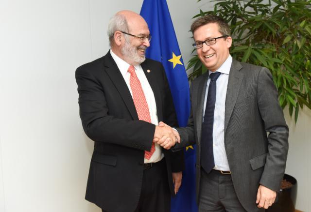 Visite de Peter Gluckman, conseiller scientifique principal de John Key, Premier ministre néo-zélandais, à la CE