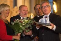 Remise du 'Internationaler Brückepreis der Europastadt Görlitz/Zgorzelec' 2014, à Jean-Claude Juncker, président de la CE