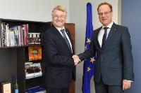 "Illustration of ""Visit of Markku Markkula, President of the CoR, to the EC"""