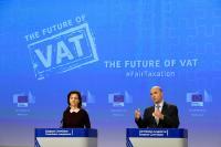 Conférence de presse de Pierre Moscovici, membre de la CE, sur la réforme en profondeur du système de TVA de l'Union européenne