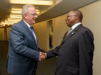 Visite d'Albert M. Muchanga, membre de la Commission de l'Union africaine (CUA) chargée du Commerce et de l'Industrie, à la CE
