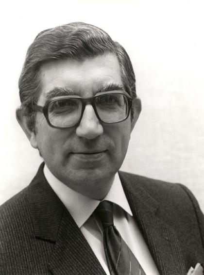 Stanley Clinton Davis, membre de la CCE