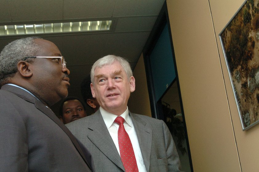 Visit of Domitien Ndayizeye, President of Burundi, to the EC