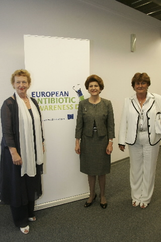 Participation of Androulla Vassiliou, Member of the EC, in the launch of the logo for the campaign of the European Antibiotic Awareness Day