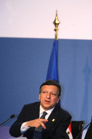 Participation of José Manuel Barroso and Benita Ferrero-Waldner, in the Paris Summit for the Mediterranean