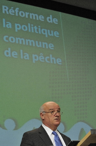 Press conference of Joe Borg, Member of the EC, on the Common Fisheries Policy