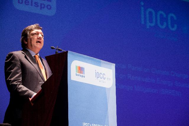 Launch of IPCC's Special Report on Renewable Energy sources and Climate change mitigation