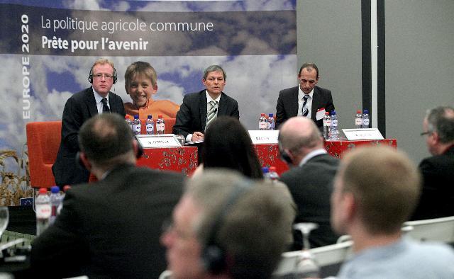 Participation de Dacian Cioloş, membre de la CE, à l'évènement annuel du réseau AG-Press.eu 2011