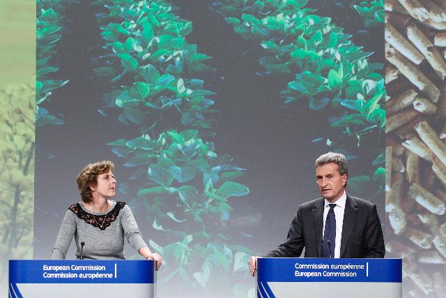 Joint press conference by Günther Oettinger and Connie Hedegaard, Members of the EC, on the new EC proposal to minimise the climate impacts of biofuel production