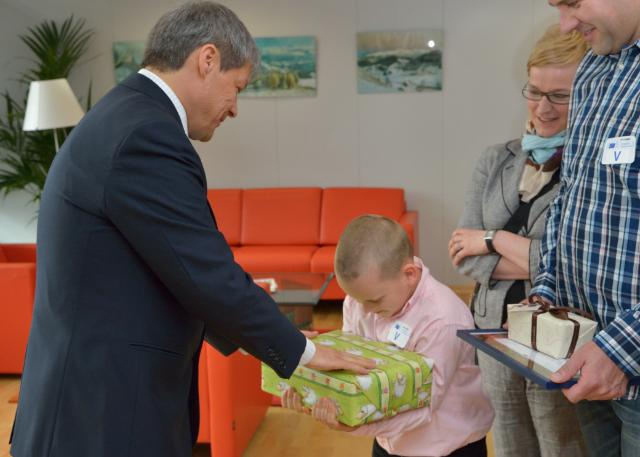 Presentation of the Award to the winner of the drawing contest 2013 organised by the DG-