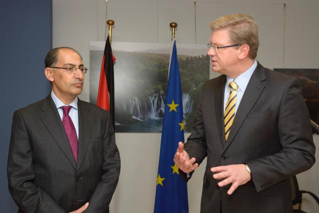 Signature of three financing agreements between the EU and Jordan, by Štefan Füle, Member of the EC, and Ibrahim Saif, Jordanian Minister for Planning and International Cooperation; Minister for Tourism and Antiquities