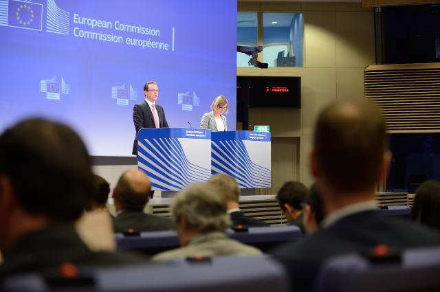 Press conference by Algirdas Šemeta, Member of the EC, on the adoption of the Savings Tax Directive following the agreement of the European Council