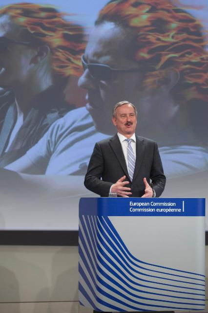 Press conference by Siim Kallas, Vice-President of the EC, on the road safety statistics for 2013 and the EU Road safety action programme 2011–2020
