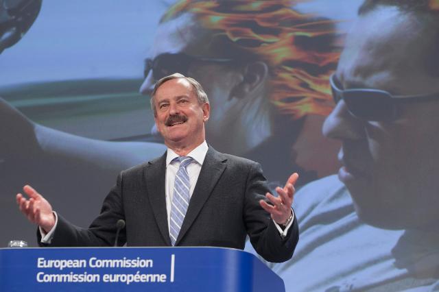 Conférence de presse de Siim Kallas, vice-président de la CE, sur les statistiques de la sécurité routière pour 2013 et le programme d'action de l'UE pour la sécurité routière 2011-2020