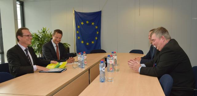 Visit of Kevin Cardiff, Member of the European Court of Auditors, to the EC