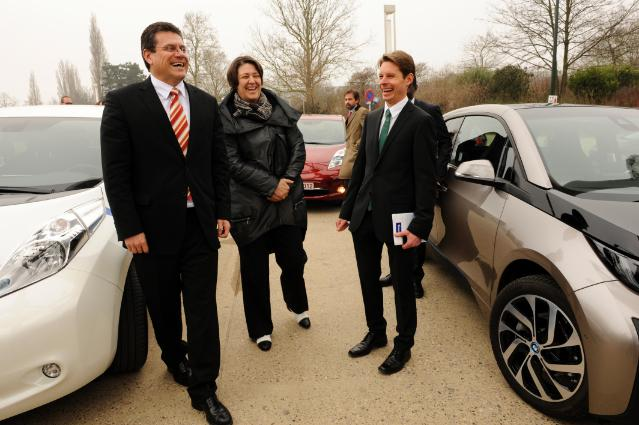 Participation of Maroš Šefčovič, Vice-President of the EC, and Violeta Bulc, Member of the EC, in a media event on the electrification of transport