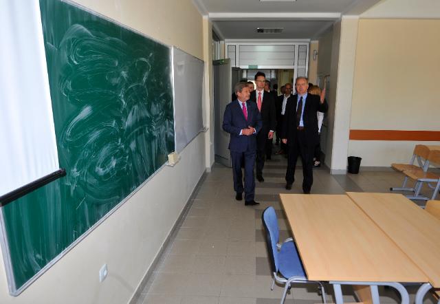 Visite de Johannes Hahn, membre de la CE, en Serbie