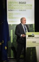 Conference on 'Driving Decarbonization of Road Transport', Brussels, 18/06/2015